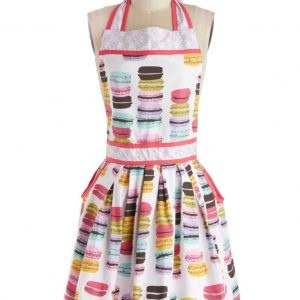 Awesome Aprons For The Harvest & Holiday Seasons