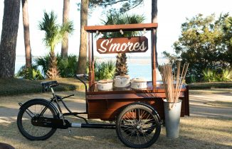 S'more food cart by the water
