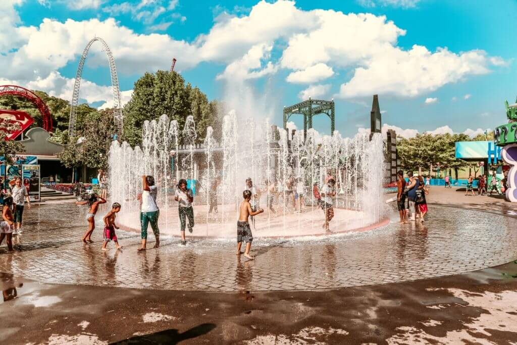 Water Playgrounds and Sprinkler Parks