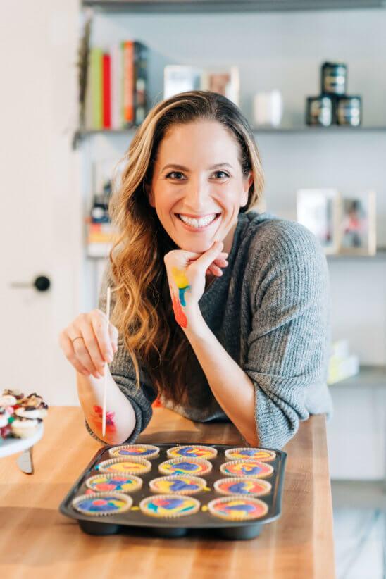 Melissa Ben-Ishay making cupcakes